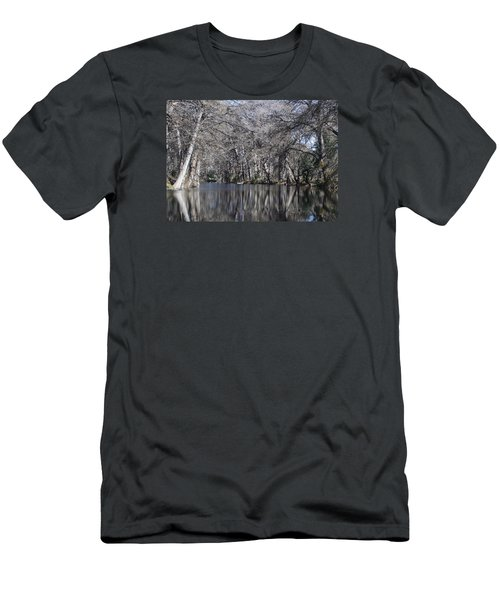 Rio Frio In Winter Men's T-Shirt (Athletic Fit)