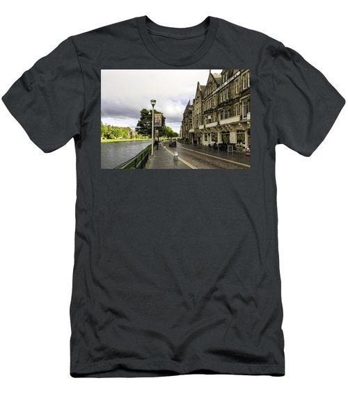 River Ness Men's T-Shirt (Athletic Fit)