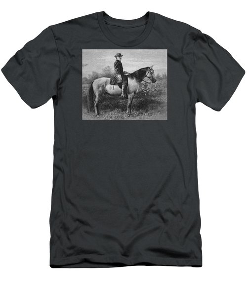 Robert E Lee On His Horse Traveler Men's T-Shirt (Athletic Fit)