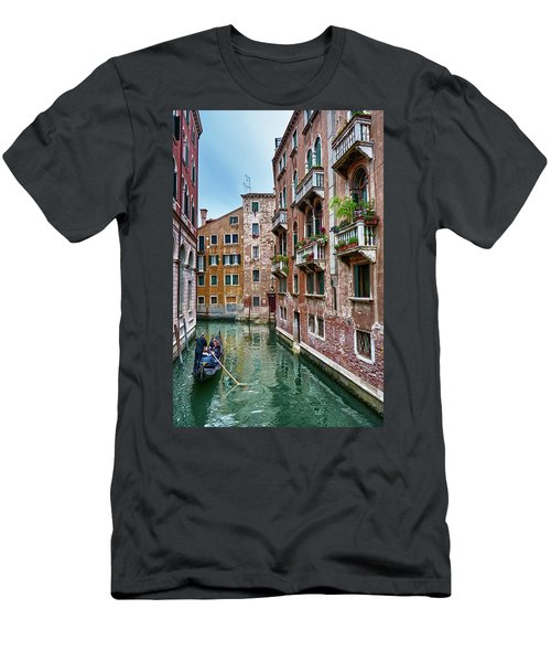 Gondola Ride Surrounded By Vintage Buildings In Venice, Italy Men's T-Shirt (Athletic Fit)