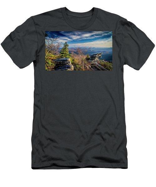 Rough Ridge View Men's T-Shirt (Athletic Fit)