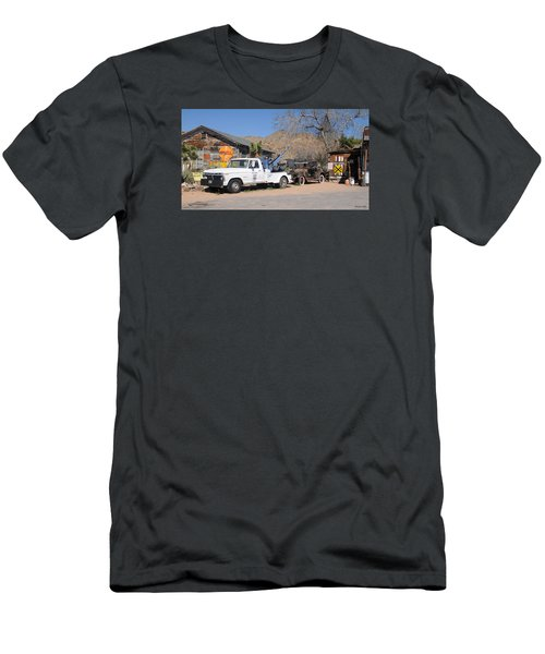 Route 66 Old Shell Service Station Men's T-Shirt (Athletic Fit)