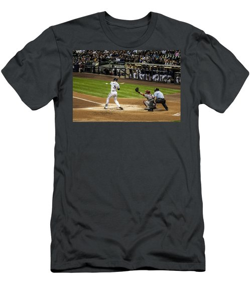 Ryan Braun  Men's T-Shirt (Athletic Fit)