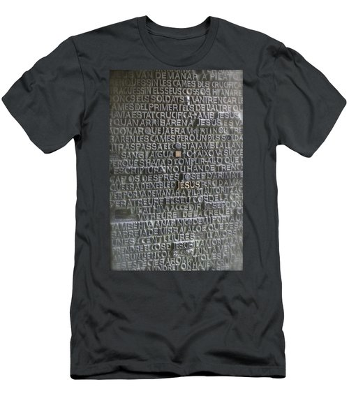 Sagrada Familia Doors Men's T-Shirt (Athletic Fit)