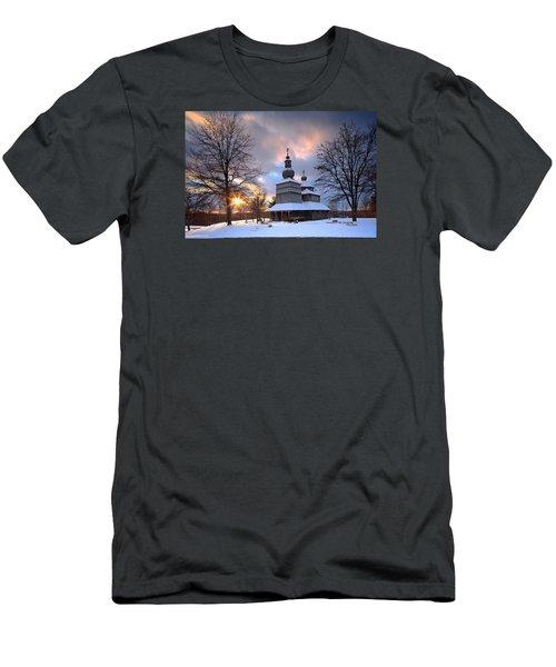 Saint Nicholas Chapel Men's T-Shirt (Athletic Fit)