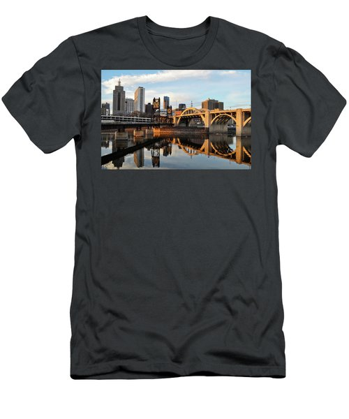 Saint Paul Mississippi River Sunset Men's T-Shirt (Athletic Fit)