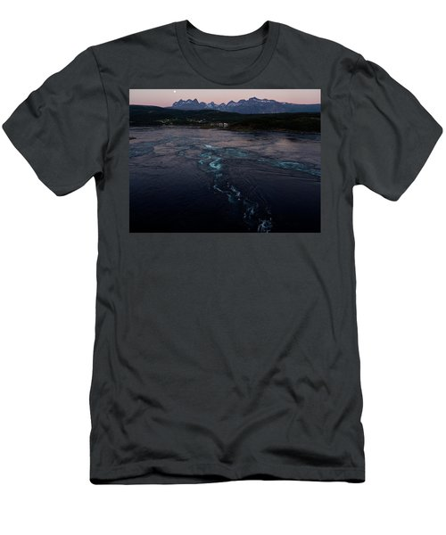 Saltstraumen, Magic Power Stream Men's T-Shirt (Athletic Fit)