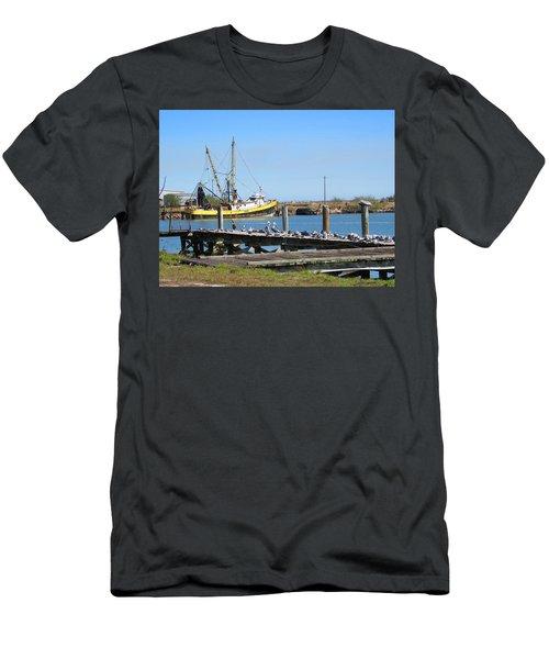Salvador R Men's T-Shirt (Athletic Fit)