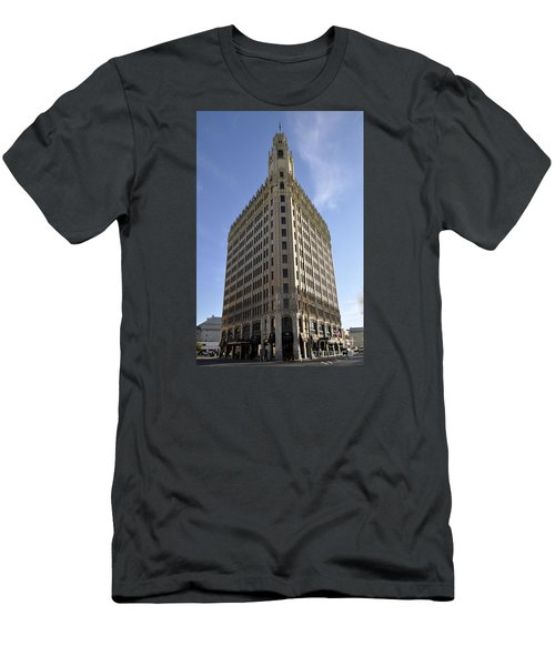 San Antonio Building 2 Men's T-Shirt (Athletic Fit)