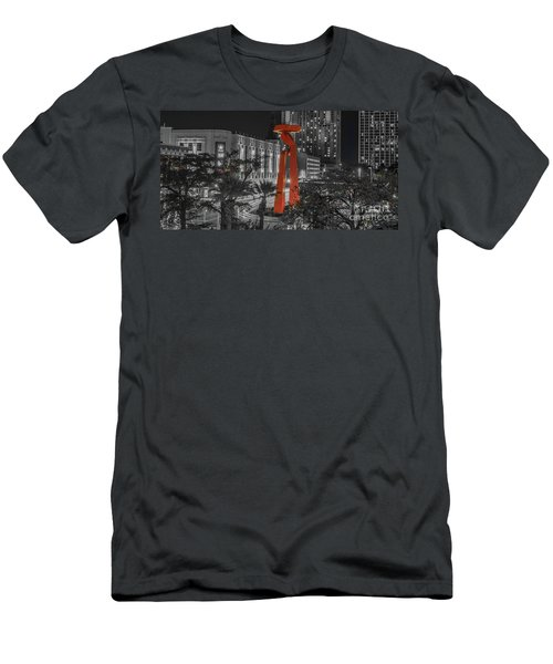 San Antonio La Antorcha De La Amistad Sculpture In Selective Color Men's T-Shirt (Athletic Fit)