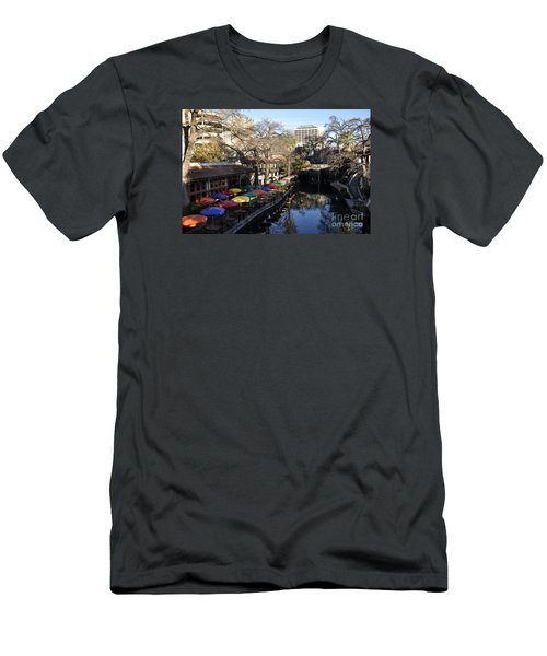 San Antonio River Walk Men's T-Shirt (Athletic Fit)