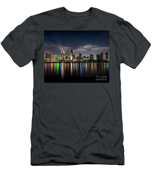 San Diego Skyline At Night Men's T-Shirt (Athletic Fit)