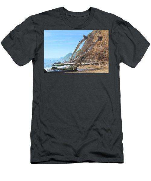 Santa Barbara Coast Men's T-Shirt (Athletic Fit)