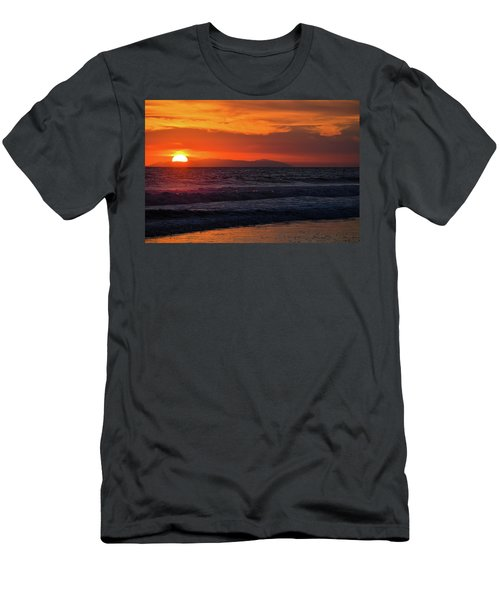 Men's T-Shirt (Athletic Fit) featuring the photograph Santa Catalina Island Sunset by Kyle Hanson
