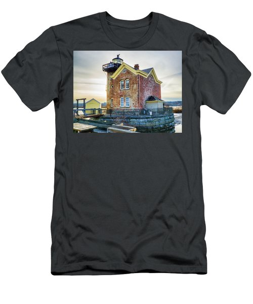 Saugerties Lighthouse Men's T-Shirt (Athletic Fit)