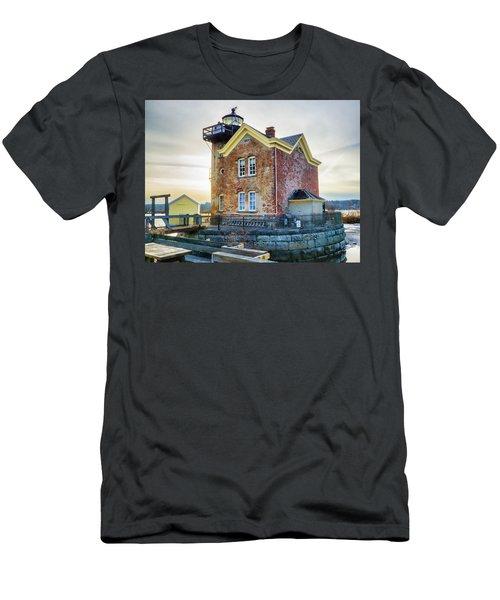 Saugerties Lighthouse Men's T-Shirt (Athletic Fit)