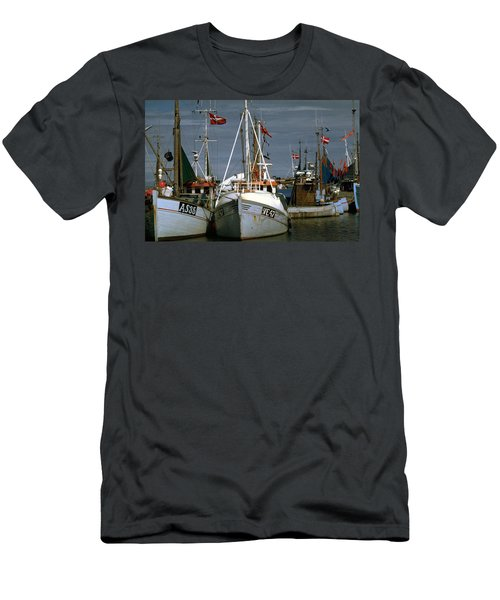 Scandinavian Fisher Boats Men's T-Shirt (Athletic Fit)