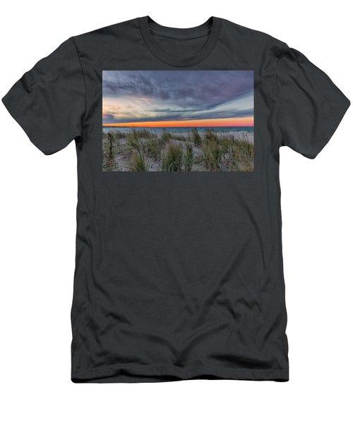 Sea Grass Men's T-Shirt (Athletic Fit)