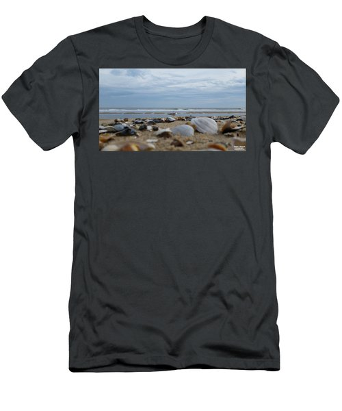 Seashells Seagull Seashore Men's T-Shirt (Athletic Fit)