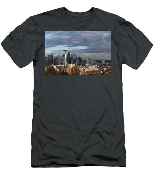 Seattle Skyline Men's T-Shirt (Athletic Fit)