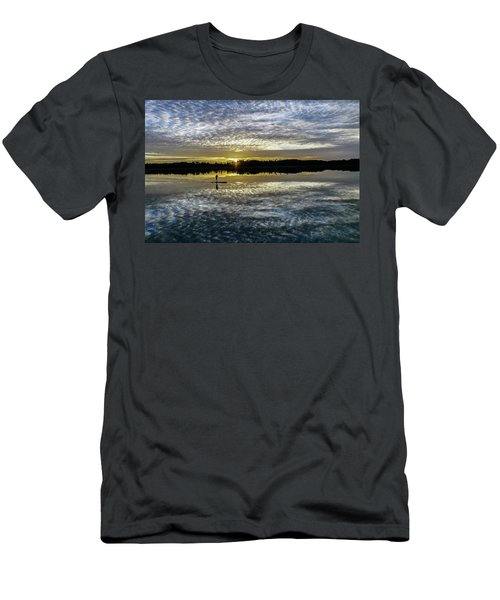 Serenity On A Paddleboard Men's T-Shirt (Athletic Fit)