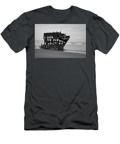 Shipwreck On The Shore Men's T-Shirt (Athletic Fit)