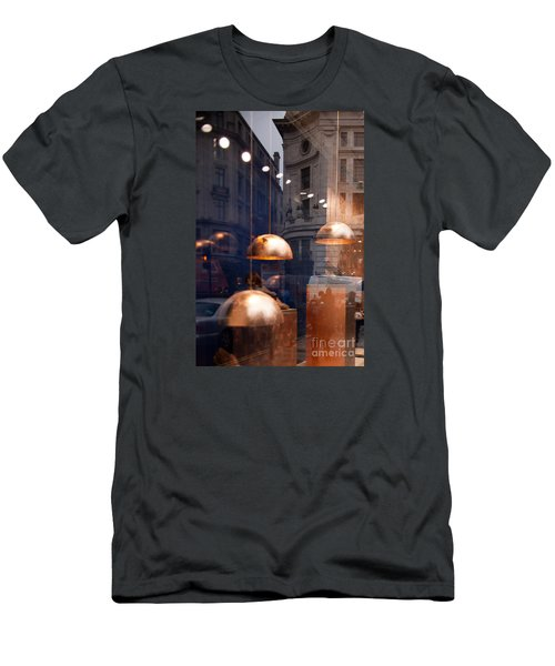 shop window reflection, London Men's T-Shirt (Athletic Fit)