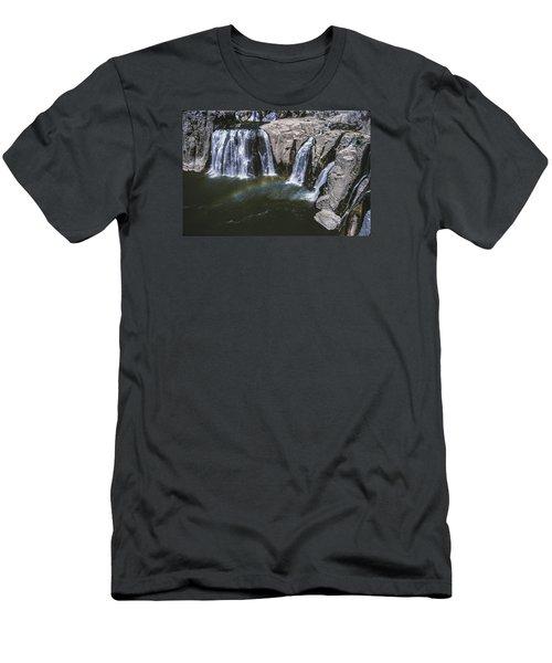 Shoshone Falls Idaho Men's T-Shirt (Athletic Fit)