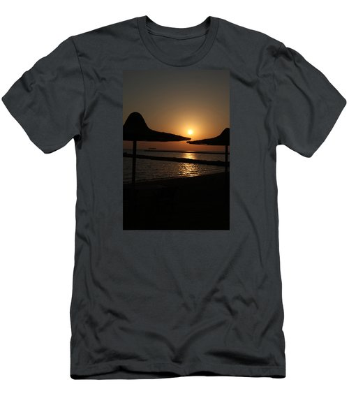 Men's T-Shirt (Slim Fit) featuring the photograph Shuldersol by Jez C Self