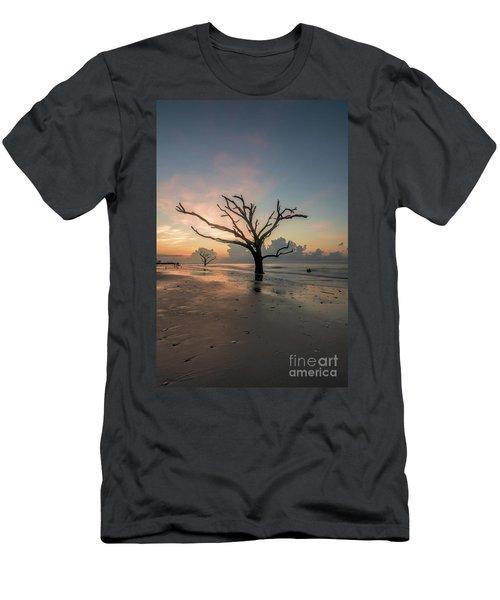 Silvia's Tree Men's T-Shirt (Slim Fit) by Robert Loe