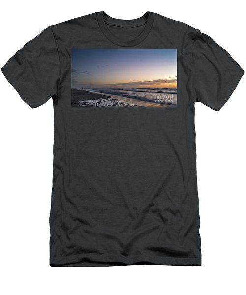 Single Man Walking On Beach With Sunset In The Background Men's T-Shirt (Athletic Fit)