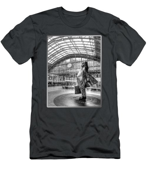 Sir John Betjeman Statue And Clock At St Pancras Station In Black And White Men's T-Shirt (Athletic Fit)