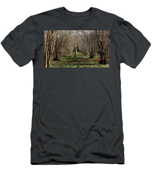 Sissinghurst Castle Men's T-Shirt (Athletic Fit)