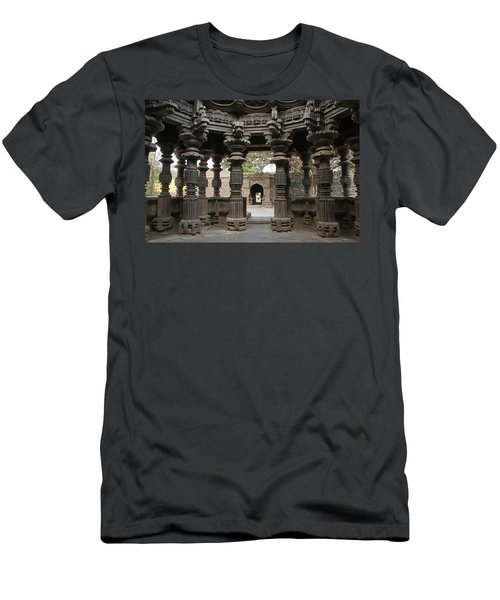 Skn 1960 Pillared Interior Men's T-Shirt (Athletic Fit)