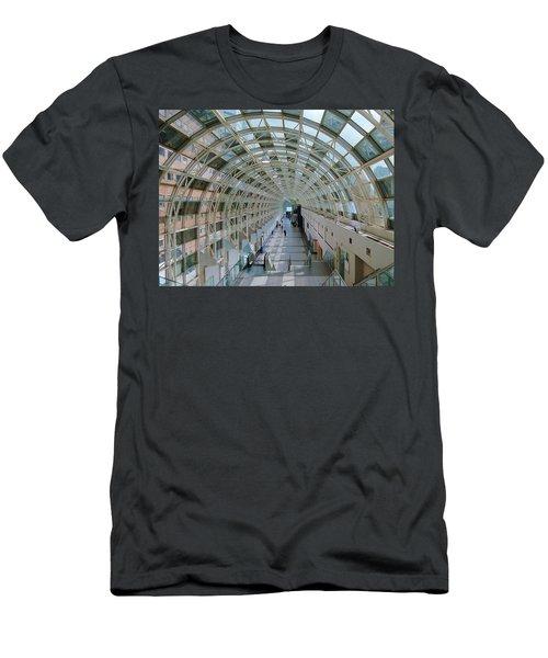 Sky Walk Toronto Men's T-Shirt (Slim Fit)