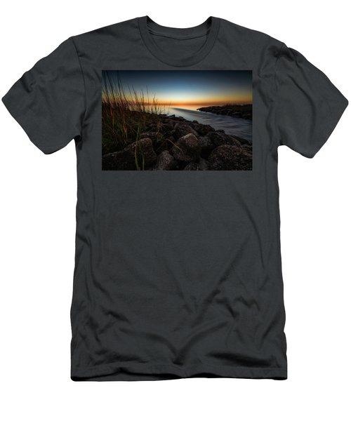 Slow Motion Runoff Men's T-Shirt (Athletic Fit)