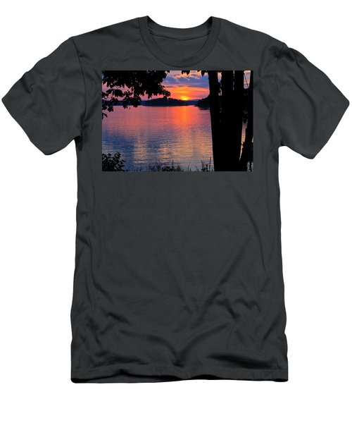 Smith Mountain Lake Sunset Men's T-Shirt (Athletic Fit)
