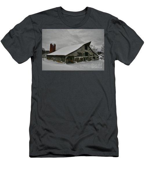 Snowy Thunder Men's T-Shirt (Athletic Fit)