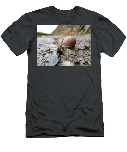 Solitary Snail Men's T-Shirt (Athletic Fit)
