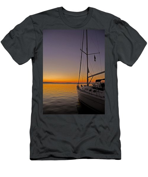Somewhere Beyond The Sea ... Men's T-Shirt (Athletic Fit)