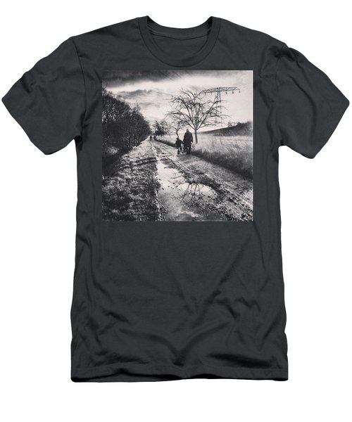 *sonntagsspaziergang  #landscape Men's T-Shirt (Athletic Fit)