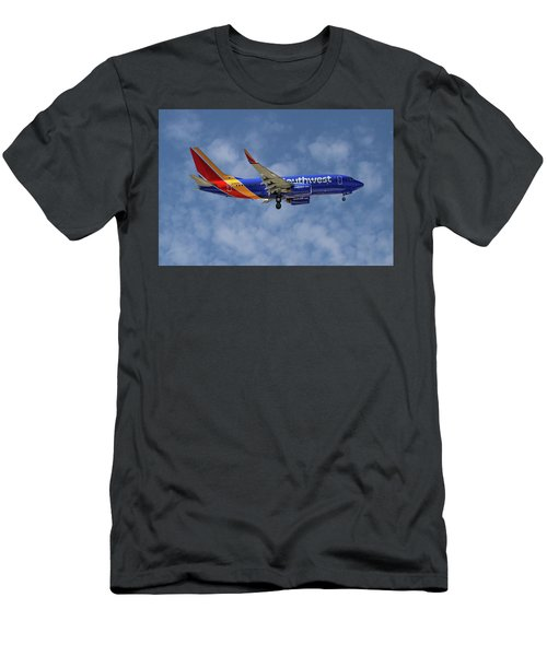 Southwest Airlines Boeing 737-76n 1 Men's T-Shirt (Athletic Fit)