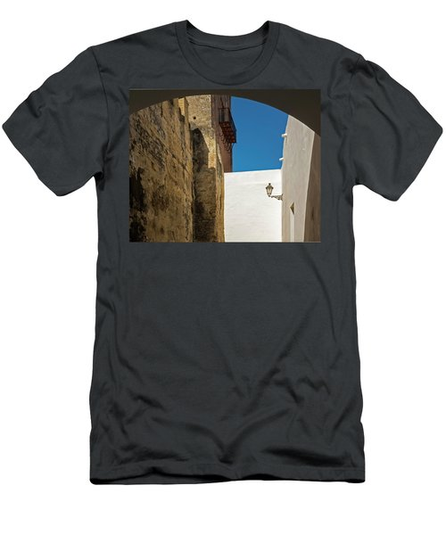 Spanish Street Men's T-Shirt (Athletic Fit)
