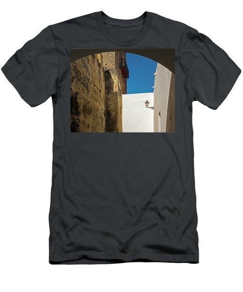 Spanish Street Men's T-Shirt (Athletic Fit)