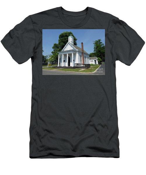 St Johns Ev Lutheran Church  Men's T-Shirt (Athletic Fit)