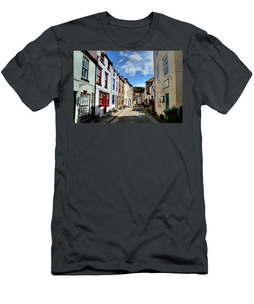 Staithes Men's T-Shirt (Athletic Fit)