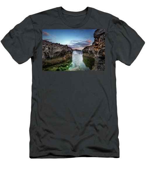 Standing At The Tip Of Sea Men's T-Shirt (Athletic Fit)