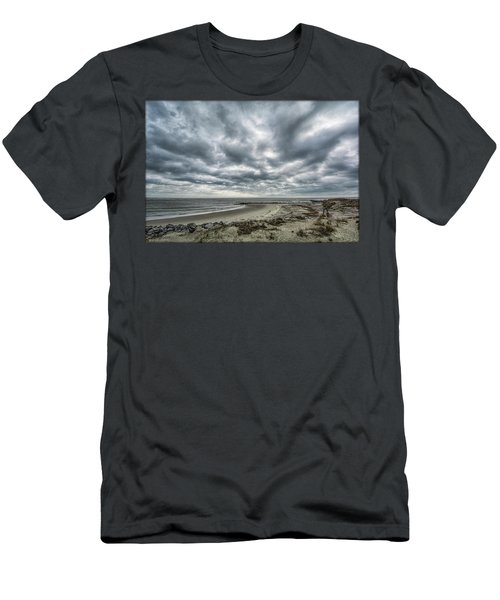 Storm Rolling In Men's T-Shirt (Athletic Fit)