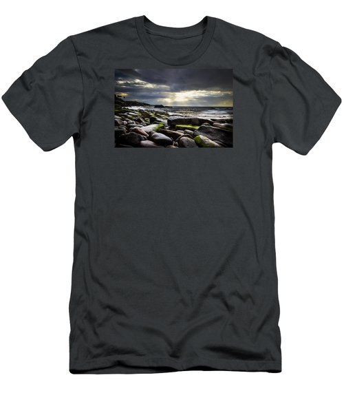Storm's End Men's T-Shirt (Athletic Fit)