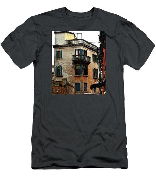 Street Scene Venician Shutters Men's T-Shirt (Athletic Fit)